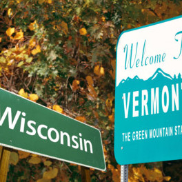 Welcome sign of the state of Vermont