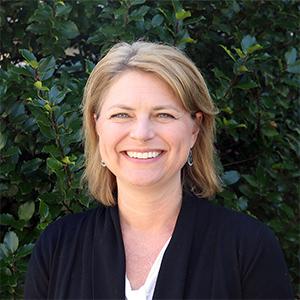 Stephanie Hadik